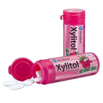Guma de mestecat copii Căpșuni Xylitol, 30g, Miradent